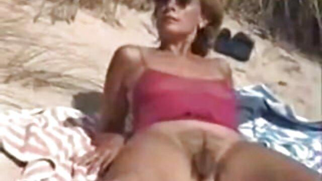 Shoplifter Angel Smalls baisée en POV film porno avec fille vierge