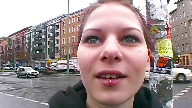 Sindell Angel film porno de fille vierge & Olivia Rain ébène lesbiennes mangeant le cul